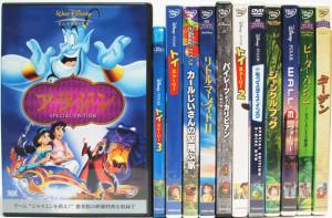 埼玉県鴻巣市 トイストーリーなど、アニメDVDを約370点出張買取しました。